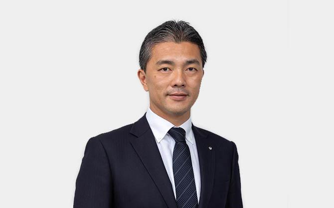 アパレル物流センターの運営管理リーダー(将来の支店長候補